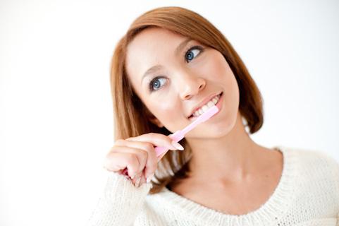 歯医者嫌い必見!長年ボロボロの歯を放置後、一念発起して歯医者通いすることにした。