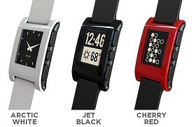 iPhoneと連携する腕時計、「Pebble watch」、でるぞ!