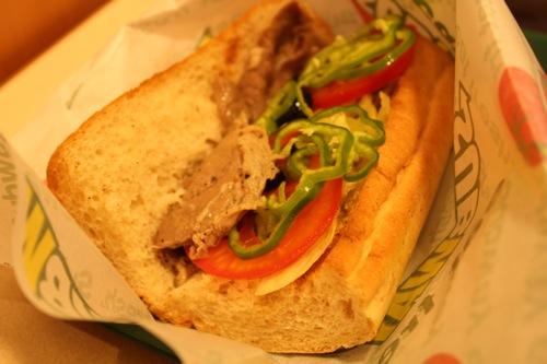 サブウェイのサンドイッチが変わったらしいので食べてきた。衝撃のメニュー変更。