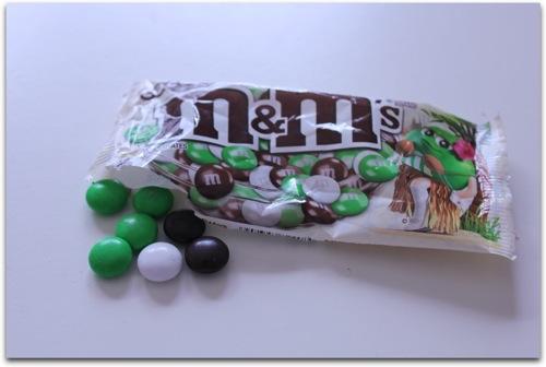 m&m'sチョコレートのココナッツフレーバーがうますぎて笑った