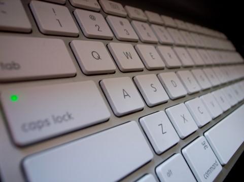【Mac】ホームポジションから手を移動させずにカーソルを移動する方法【ショートカット】