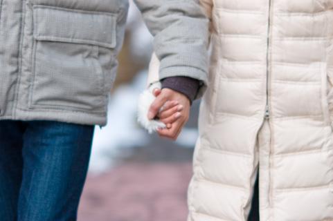 初恋の平均年齢は10.4歳、そして初恋の人とゴールインする確率は1%!