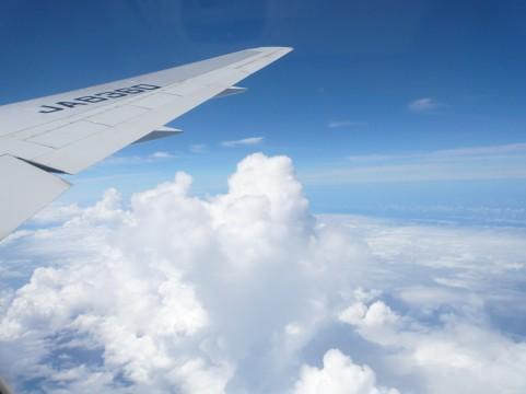 飛行機を軽く。そう、iPadならね。