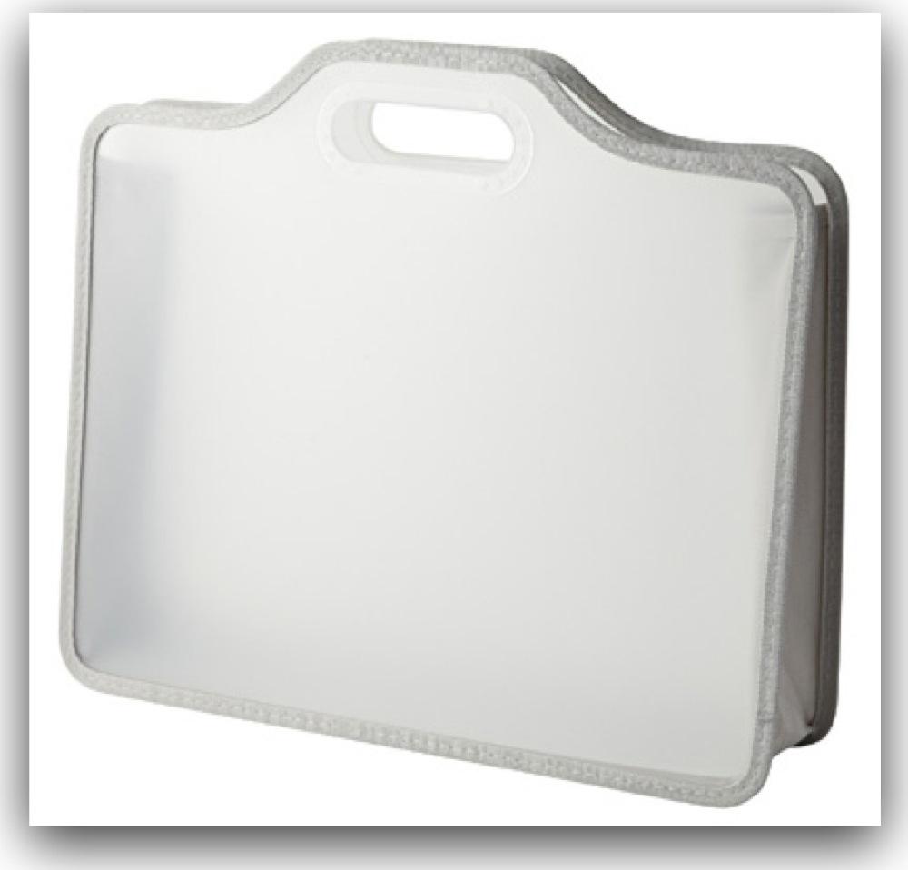 MacBook Pro Retinaのケースに、激安な無印良品「ポリプロピレンたためるキャリーケース」がぴったりで驚いた件