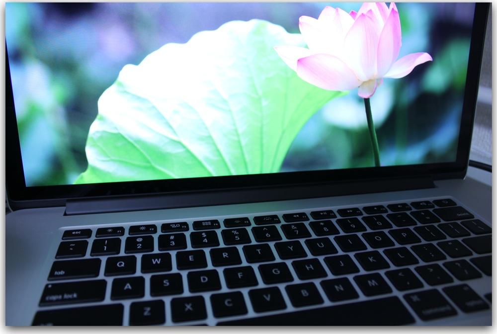 MacBook Pro Retinaレビュー2:外観編・Air Late2010と比較