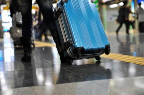 今年は去年の反動で、夏休みの旅行が国内・海外とも過去最高になる見通し