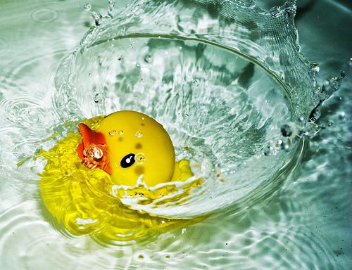 一緒にお風呂に入るカップルは42.2%!いろいろな意味で熱いぜ!