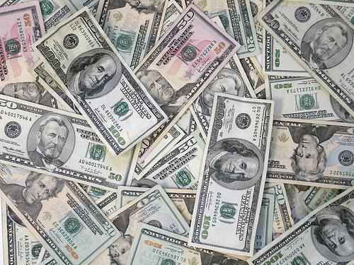 個人投資家における平均損失はマイナス525万円