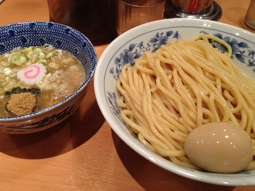 噂の六厘舎のラーメンを食べてきた。東京駅ラーメンストリートであまりのうまさに震えた