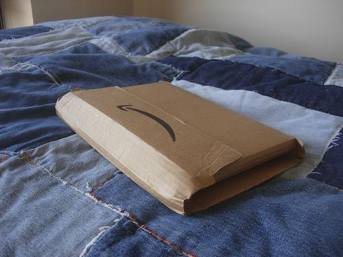 Amazonで薄型テレビを注文→ライフル銃が届く