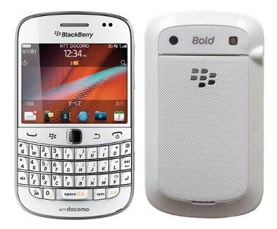 RIM、BlackBerry Bold 9900の新色「Pure White」を発売&体験イベント開催
