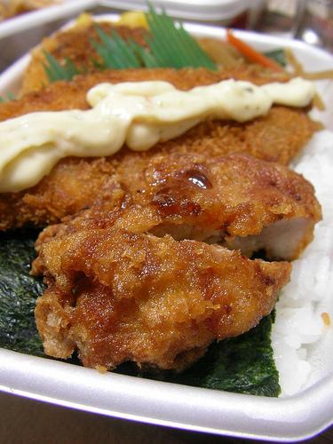 ほっともっと、平日の昼限定で「のり弁当」を50円値下げ