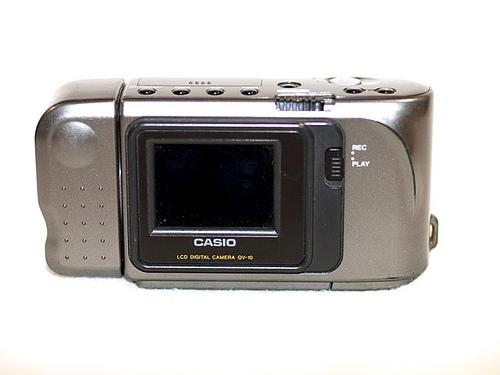 なつかしのデジタルカメラ「QV-10」が「未来技術遺産」に登録