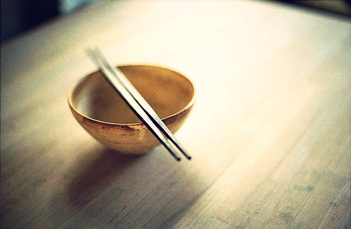 箸を正しく使える人は40〜50代でも3割という現実:箸の使い方が日経に載る時代に
