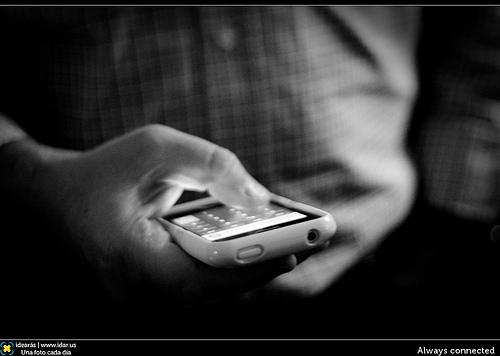 【iPhone】ロック画面の着信通知からたった1つの操作で即折り返し電話をかける方法