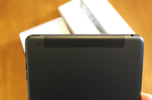 アメリカでiPad miniのWi-Fi+Cellularモデルが届き始めたようです