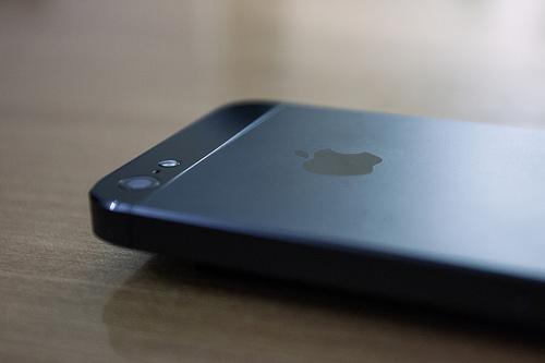 iPhone5に機種変更したかった人に大チャンス!ソフトバンクが機種変更用「かいかえ割」開始。毎月1050円安くなる!【追記アリ・罠アリ】