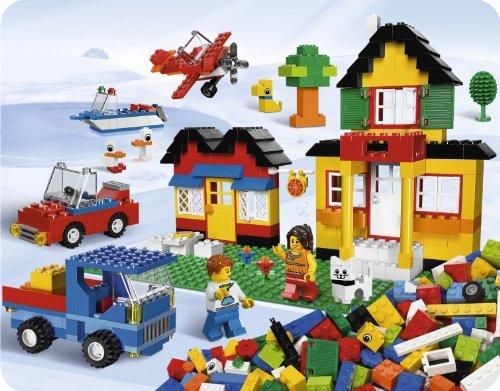 「ドイツのミュンヘン駅には、なんとレゴの自動販売機がある」_らばQ.jpg
