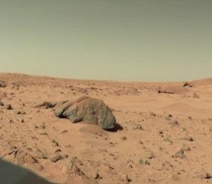 火星の砂に「資源として活用できる量」の水分が見つかる