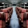 1台に13席だと?「ビジネスクラスバス」が登場