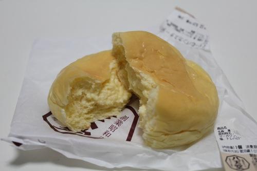 八天堂くりーむパン
