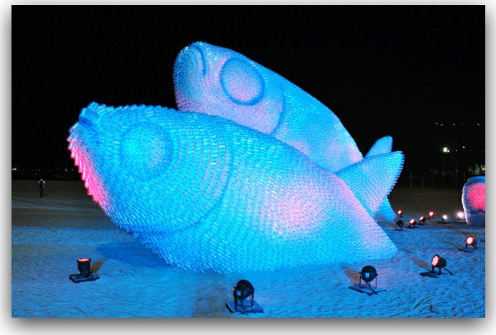 ペットボトル巨大魚