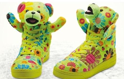 アディダステディベア靴