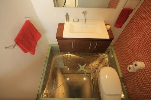 45m下が見下ろせるトイレ